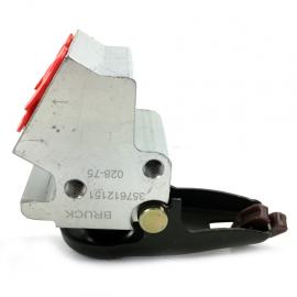 Repartidor Trasero de Liquido de Frenos Bruck para Jetta A2 1.8, Golf 1.8
