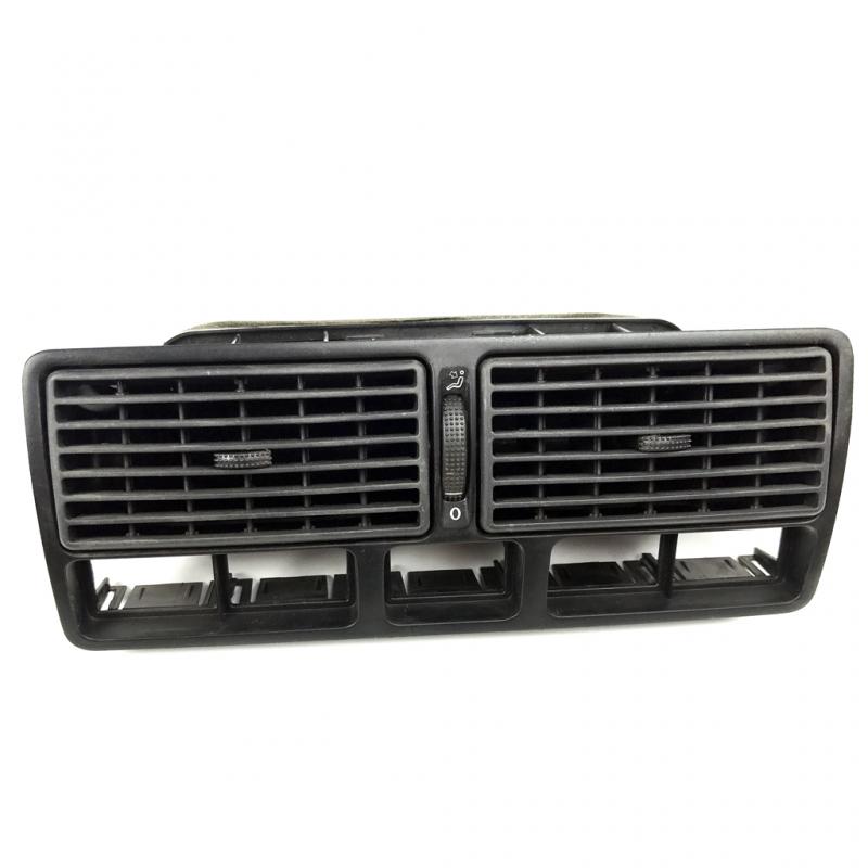 Rejilla de aire acondicionado en tablero para golf a4 y for Salida aire acondicionado