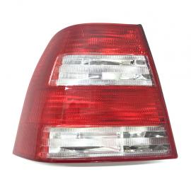 Calavera para Jetta A4 (Roja con Blanco) Izquierda