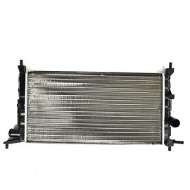 Radiador Principal de Motor sin Aire Acondicionado Valeo para Chevy
