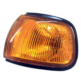 Cuarto Delantero Izquierdo Ámbar Techno Lamp para Tsuru 3