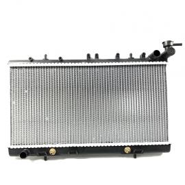 Radiador Principal de Motor 1.6L con Transmisión Estándar Valeo para Tsuru 3, Tsubame