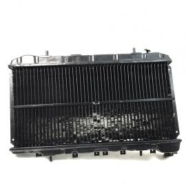 Radiador de agua para Tsuru 3 automatico