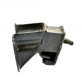 Soporte de motor Inferior para Datsun 1600