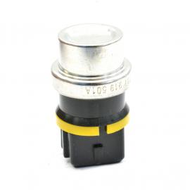 Bulbo Sensor de Temperatura de Motor 1.8 Voltmax para Jetta A3, Golf A3, Derby, Combi