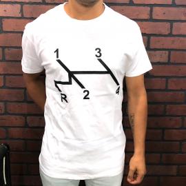 Camiseta Blanca con Estampado de Velocidades
